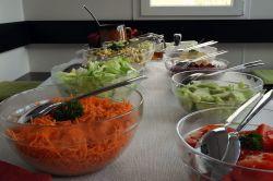 Salatbuffet-Grillabend